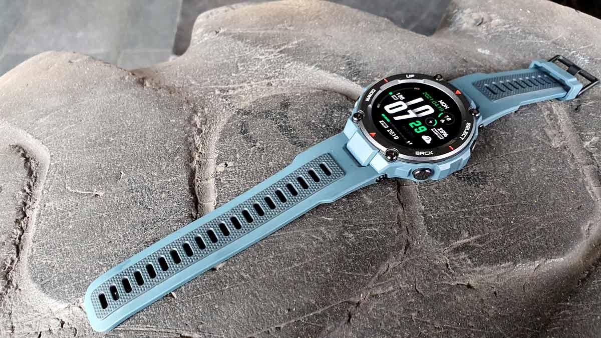 مقایسه و تفاوت ساعت هوشمند آمازفیت T-Rex و T-Rex Pro